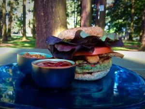 06012014 TLT Burger 1